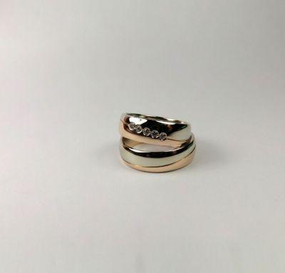 Венчальные кольца классические