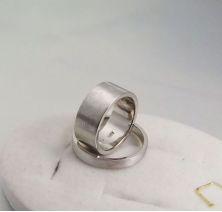 Обручальные кольца классические без камней