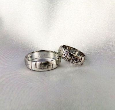 Венчальные кольца узорные