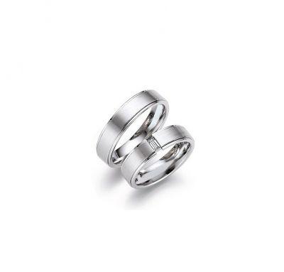 Венчальные кольца простые