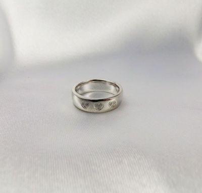 Свадебные кольца сердечки