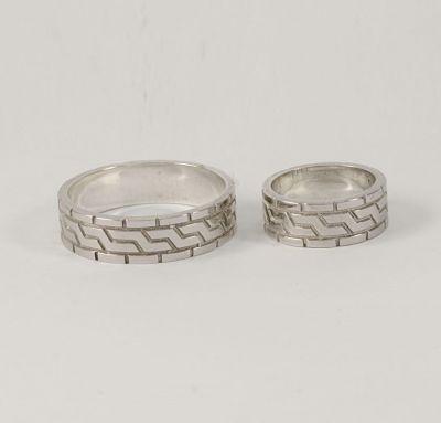 Обручальные кольца шина