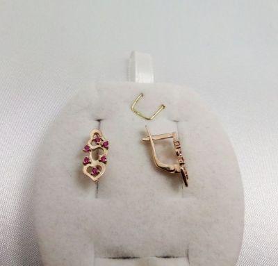 Сережки женские сердечки