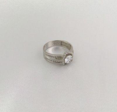 Женское кольцо золотое