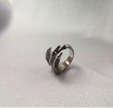 Кольцо коготь
