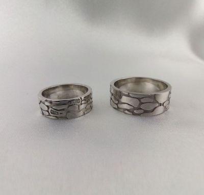 Оригинальные обручальные кольца из серебра