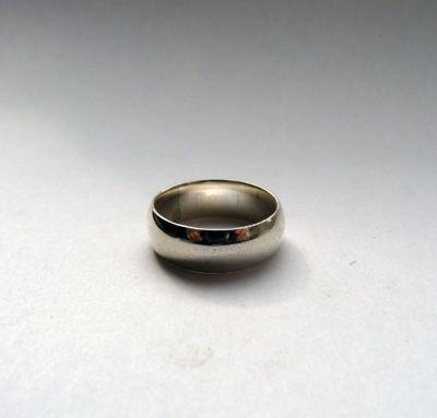 Обручальное кольцо из сербра