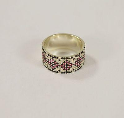 Кольцо вышиванка с камнями
