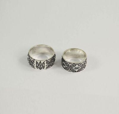 Обручальные кольца в виде вышиванок