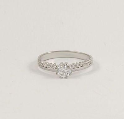 Модное кольцо серебряное