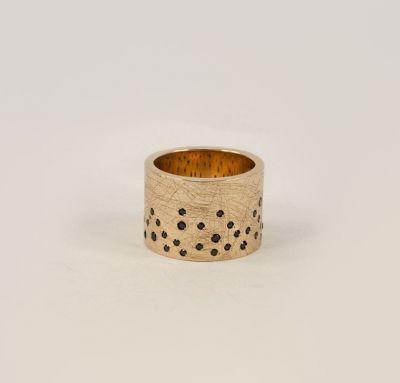 Кольцо необычное женское