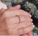 Серебряное кольцо с одним бриллиантом