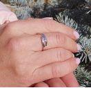 Женское кольцо с бриллиантом