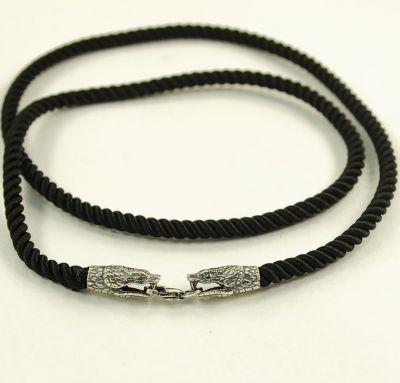 Шелковый ремешок на шею со змеей